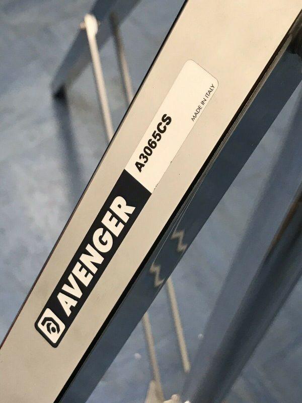 Avenger A1045CS